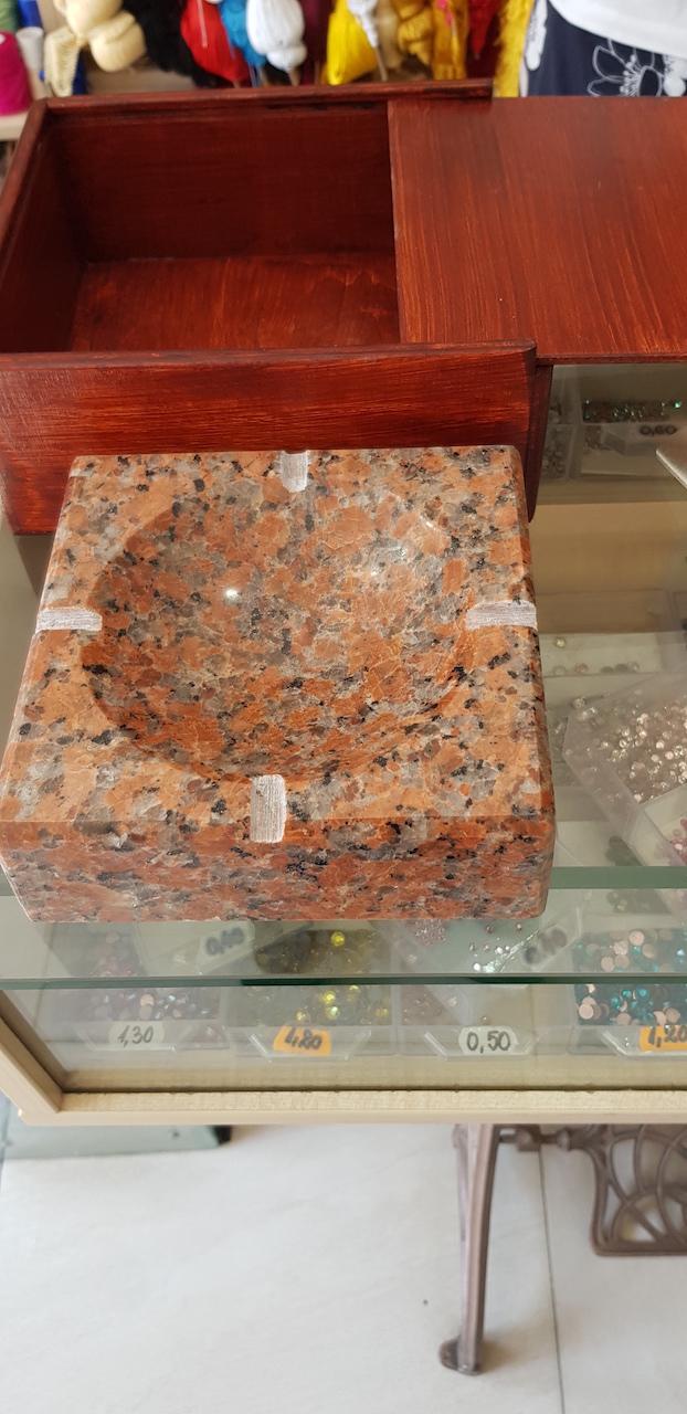 Glafuri din marmura si granit